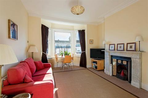 2 bedroom apartment for sale - Hillfield Road, West Hampstead, London NW6