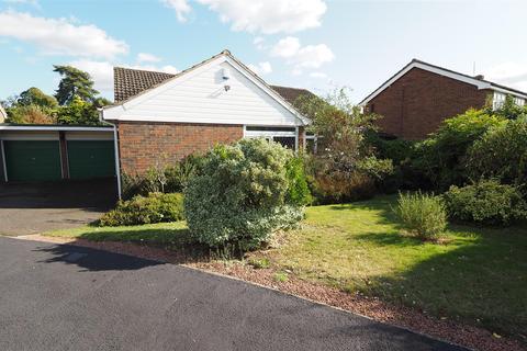 3 bedroom bungalow for sale - Nursery Avenue, Bearsted, Maidstone