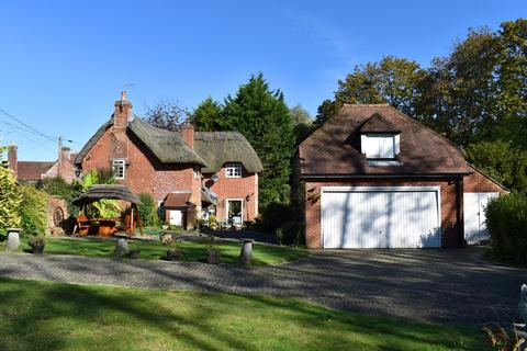 4 bedroom cottage for sale - Mill Lane, Sopley, Christchurch, BH23