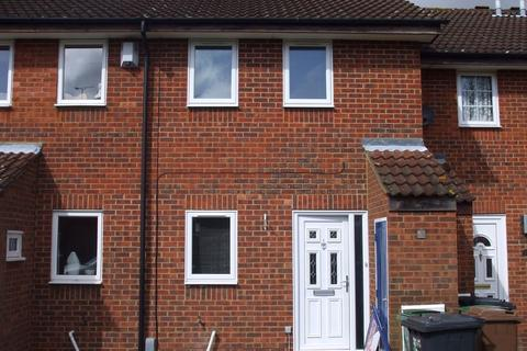 2 bedroom terraced house to rent - Oregon Way, LUTON, LU3