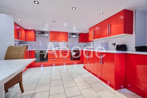 10 bedroom house to rent - Kirkstall Lane, Leeds, West Yorkshire