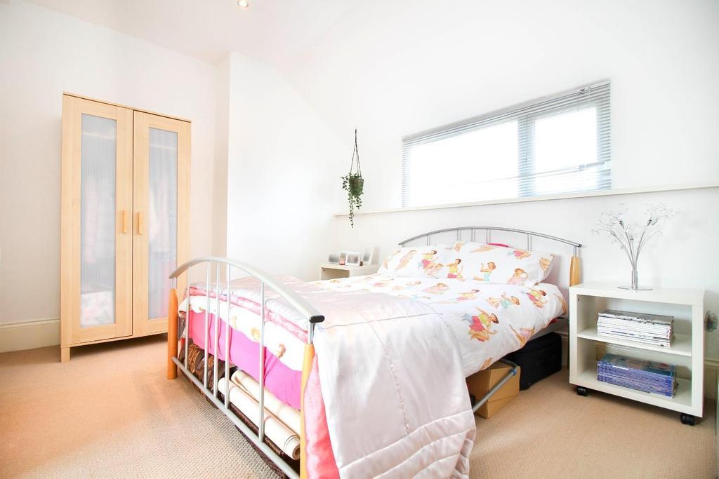 ,bedroom 4.jpg