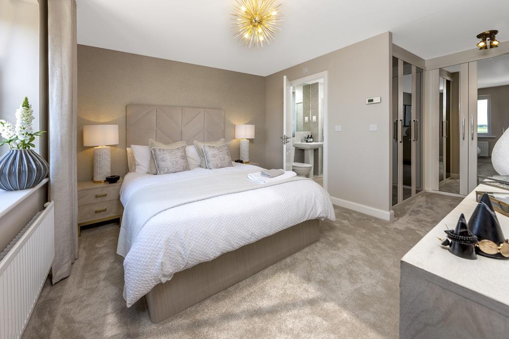 Elm main bedroom
