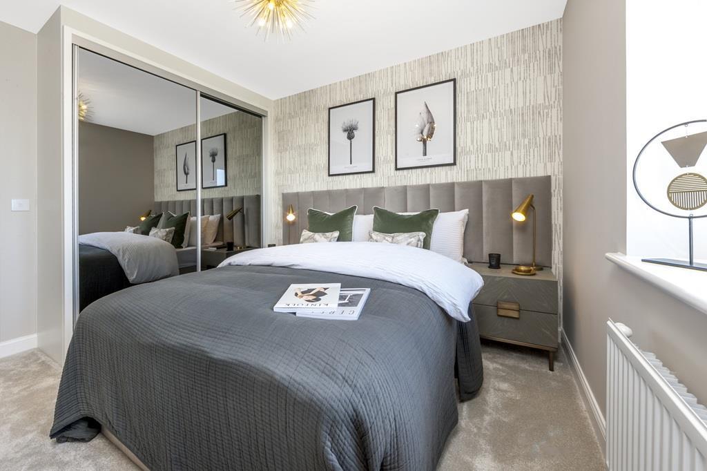 Elm bedroom