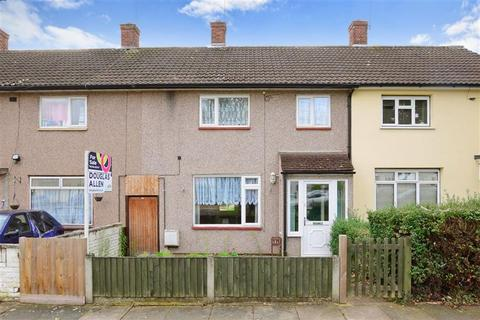 2 bedroom terraced house for sale - Colne Drive, Romford, Essex