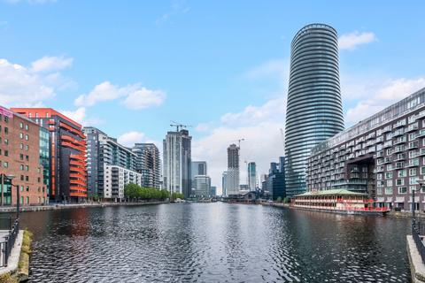 Studio to rent - Arena Tower, Crossharbour Plaza, Canary Wharf E14