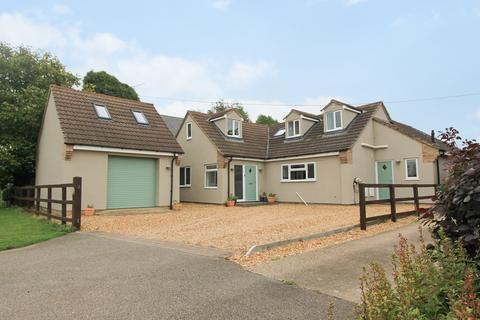 5 bedroom detached house for sale - Overcote Road, Over