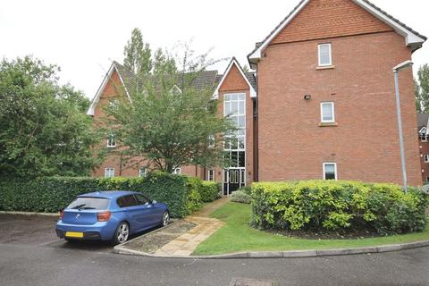 2 bedroom apartment to rent - Lindisfarne Court, Widnes