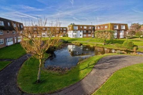 2 bedroom apartment to rent - Westlake Gardens, Worthing