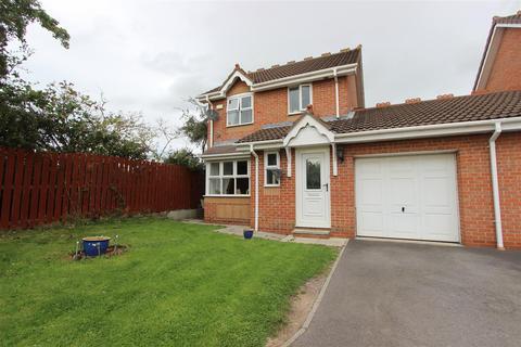 3 bedroom detached house to rent - Tayport Close, Darlington