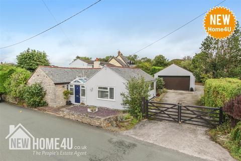 3 bedroom detached bungalow for sale - Ffordd Walwen, Lixwm, Holywell