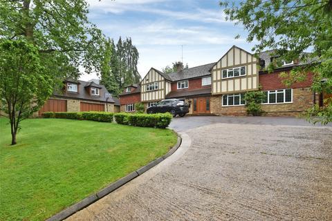 6 bedroom detached house to rent - Camp Road, Gerrards Cross, Buckinghamshire, SL9