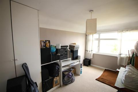 4 bedroom semi-detached house to rent - Stoneyfields Lane, Edgware