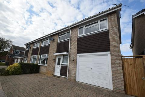 4 bedroom semi-detached house for sale - Trent Road, Witham, Essex, CM8