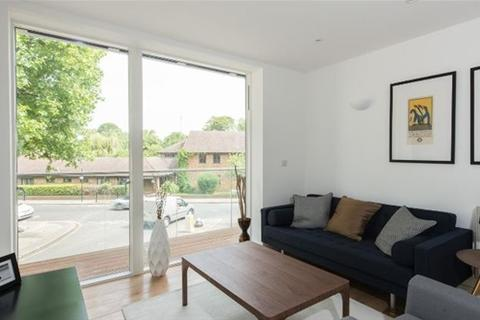 2 bedroom flat to rent - Sotherby Court, 43 Sewardstone Road