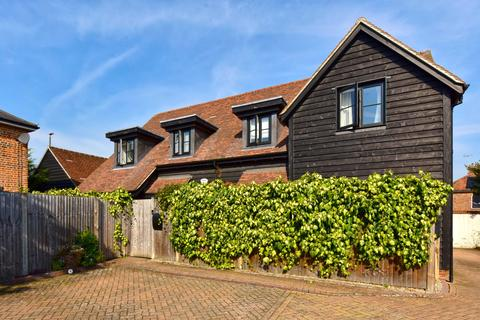 2 bedroom character property to rent - Blue Dragon Yard, Beaconsfield, Buckinghamshire, HP9