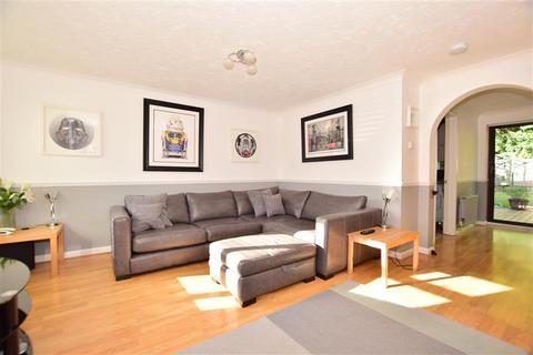 3 bedroom semi-detached house for sale - Winnet Way, Southwater, Nr Horsham, West Sussex