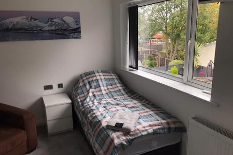1 bedroom semi-detached house to rent - Staithes Road, Woodhouse Park, Manchester, M22
