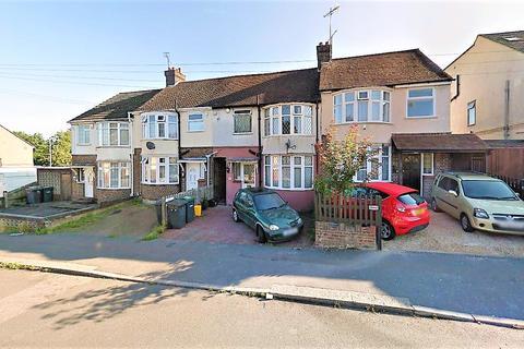 3 bedroom terraced house to rent - Beechwood Road, Luton LU4