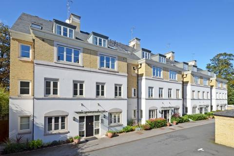 2 bedroom apartment for sale - The Square, Tadcaster Road