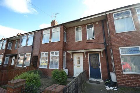 2 bedroom terraced house for sale - Lang Avenue, York, YO10 3SB