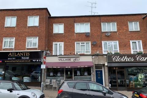 2 bedroom flat to rent - Brook Parade, Chigwell High Road, Chigwell IG7