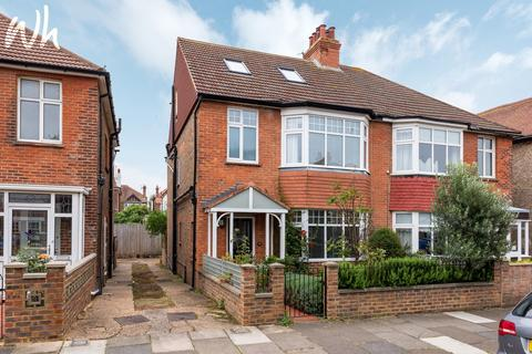 5 bedroom semi-detached house for sale - Langdale Gardens, Hove BN3