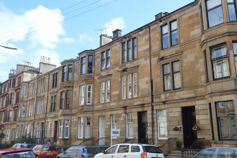 3 bedroom flat to rent - Roxburgh Street, Glasgow West End