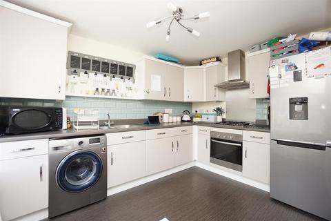 4 bedroom semi-detached house for sale - Castleton Way, Waverley , Rotherham, S60 8AQ