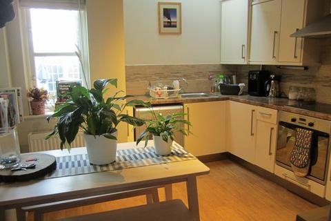 2 bedroom mews to rent - Montpellier Retreat, Cheltenham GL50