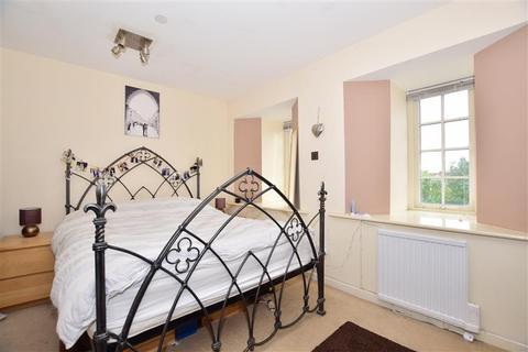 1 bedroom flat for sale - Cayton Road, Coulsdon, Surrey