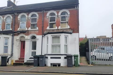 2 bedroom flat for sale - Liverpool Road