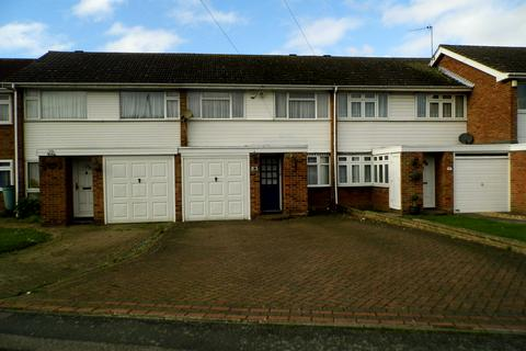 3 bedroom semi-detached house to rent - Northolt Way, Rainham RM12