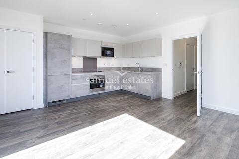 2 bedroom apartment to rent - South Street, Enfield, EN3