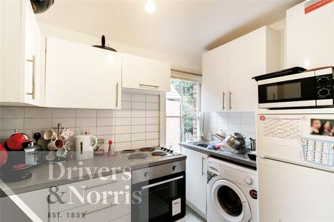 2 bedroom apartment to rent - Ash Grove, Brondesbury, London, NW2