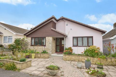 2 bedroom bungalow for sale - Gleneagles Close, Ferndown, Dorset, BH22