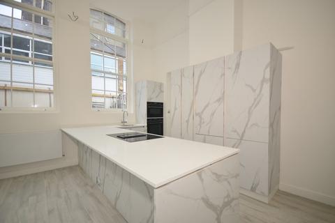 3 bedroom flat to rent - Trafalgar Court Brighton BN1