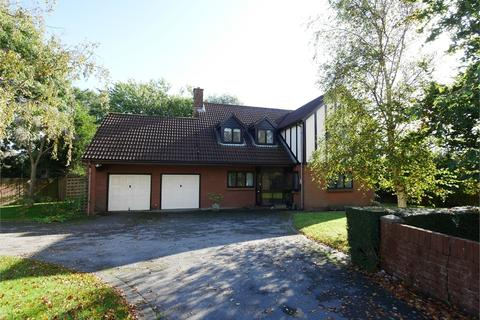 4 bedroom detached house for sale - Meadowside, Penarth