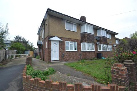 2 bedroom maisonette to rent - Bedfont Close, Bedfont