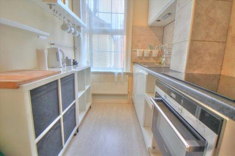 Studio to rent - Southbury Road, Enfield