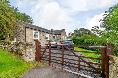 2 bedroom detached bungalow to rent - Uphorton, Carperby, Wensleydale