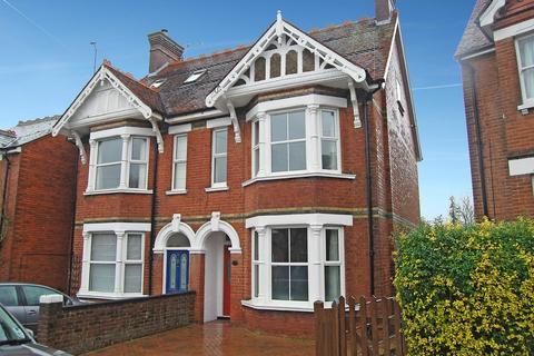 5 bedroom semi-detached house to rent - Tonbridge