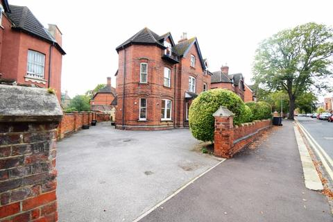 1 bedroom apartment to rent - Flat 1, 28 Lansdowne Road