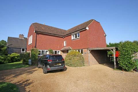 5 bedroom detached house to rent - Conghurst Lane, Hawkhurst