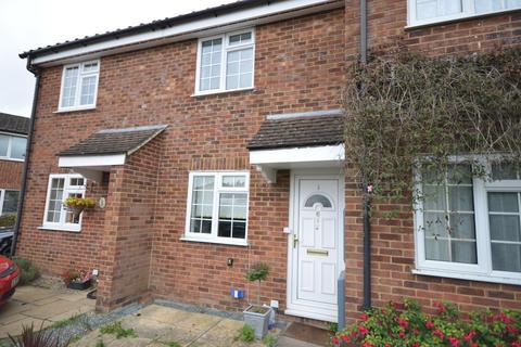 2 bedroom terraced house for sale - Field End, Farnham