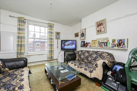 3 bedroom apartment for sale - Falmouth Road SE1