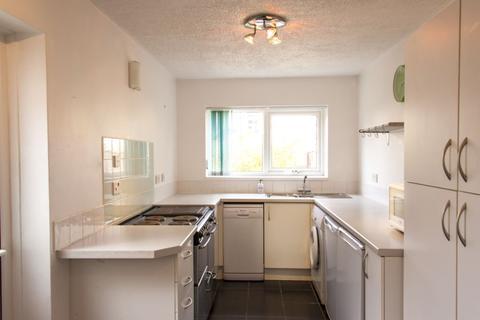 2 bedroom semi-detached house to rent - METHEUN ROAD, SOUTHSEA, PO4 9HJ