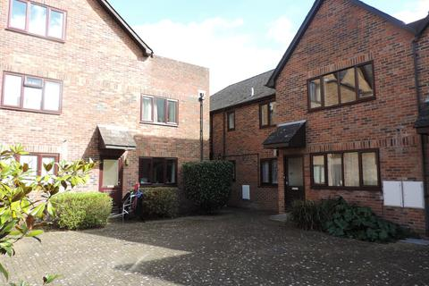 2 bedroom apartment to rent - Staple Gardens, Winchester