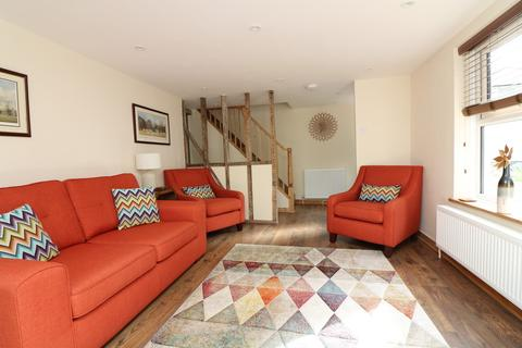2 bedroom end of terrace house to rent - Lower Street, Eastry, Kent