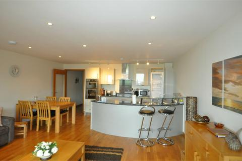 2 bedroom ground floor flat to rent - West Bay Maenporth Road, FALMOUTH